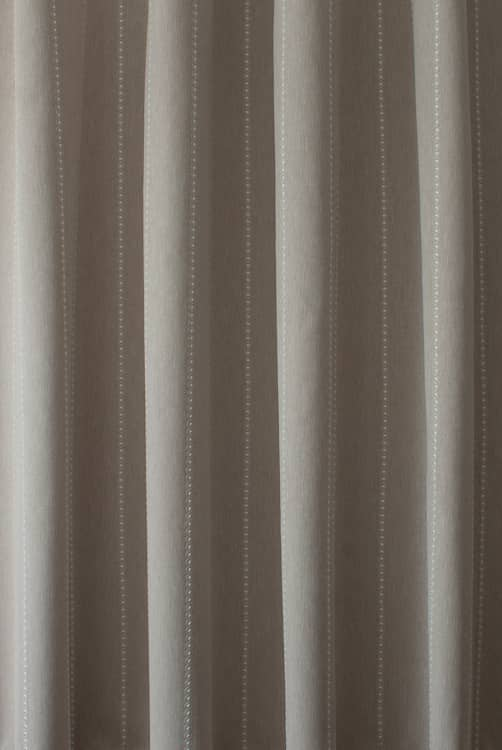 Mahler Linen Roman Blinds