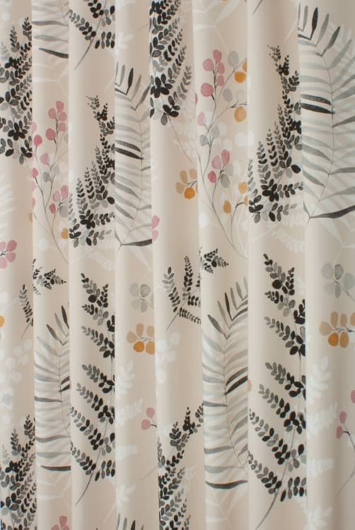 Robyn Lemon Twist Roman Blinds